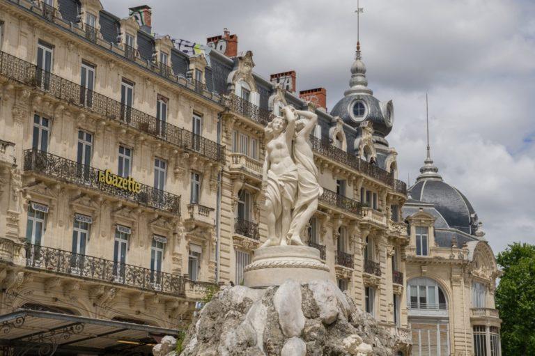 Montpellier place de la comédie fontaine